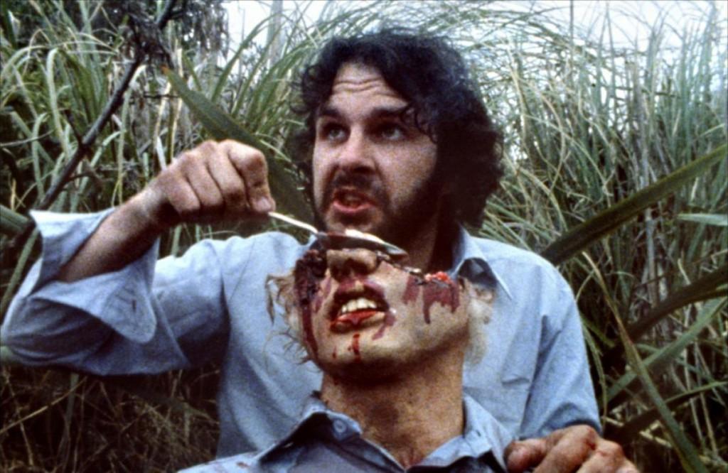 Alien Robert (Peter Jackson) hat großen Appetit