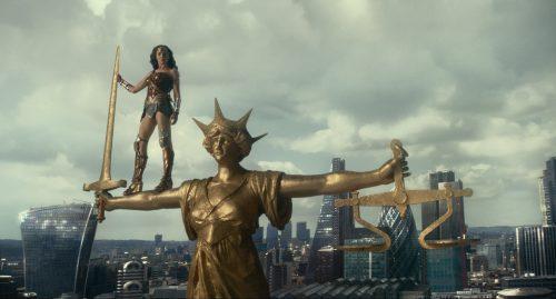 Justice-League-4K-UHD-Blu-ray-Review-Szene-10.jpg