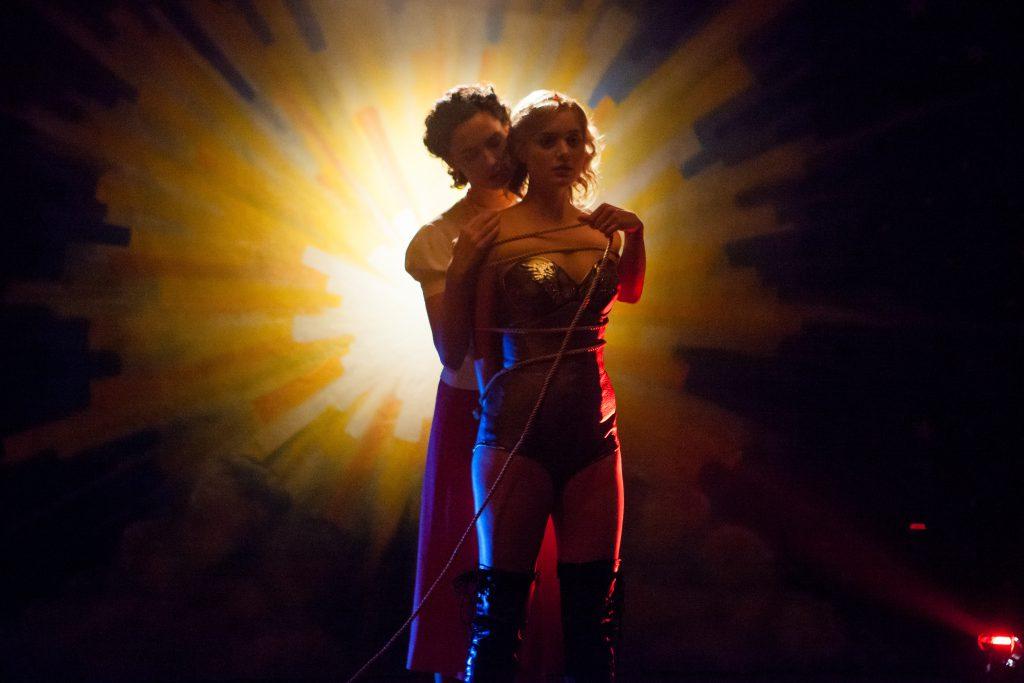Professor-Marston-the-Wonder-Women-Blu-ray-Review-Szene-7.jpg