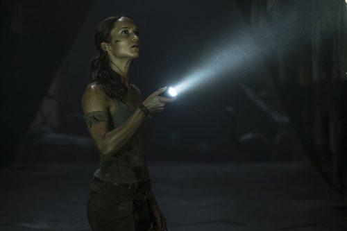 Tomb-Raider-4k-UHD-Blu-ray-Szene-3.jpg