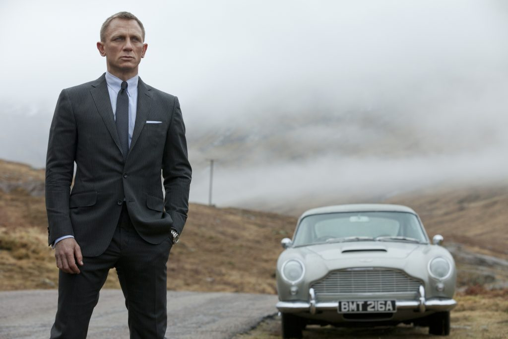 daniel-craig-collection-skyfall-szene-11.jpg